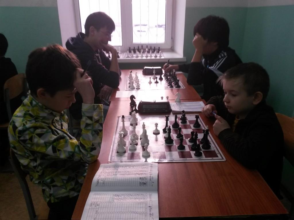 Гунькин - Харкевич, на заднем плане Самбурский - Токмашов