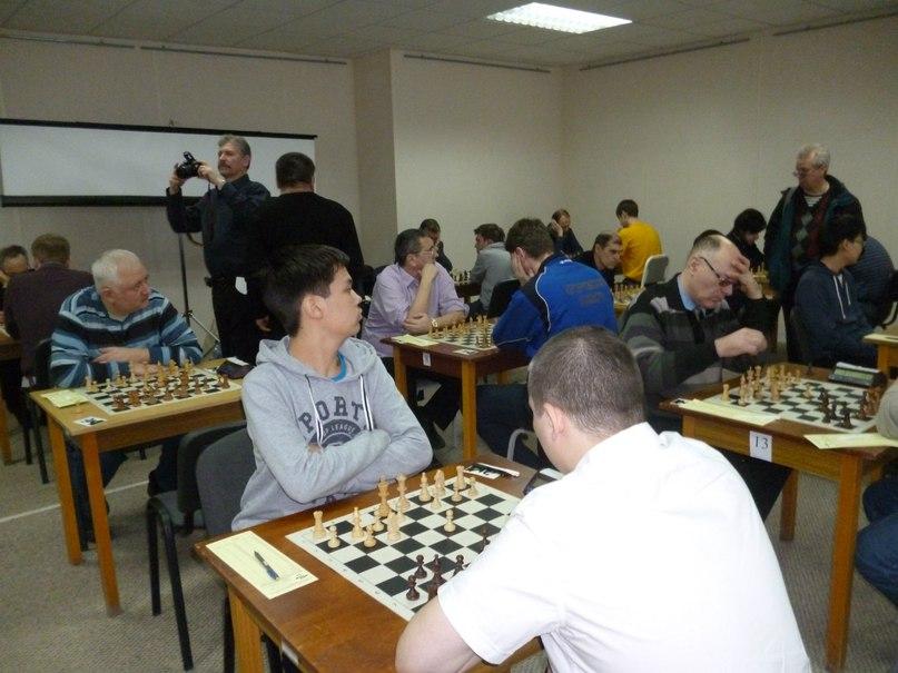 Максим Токмашов- лидер главного турнира