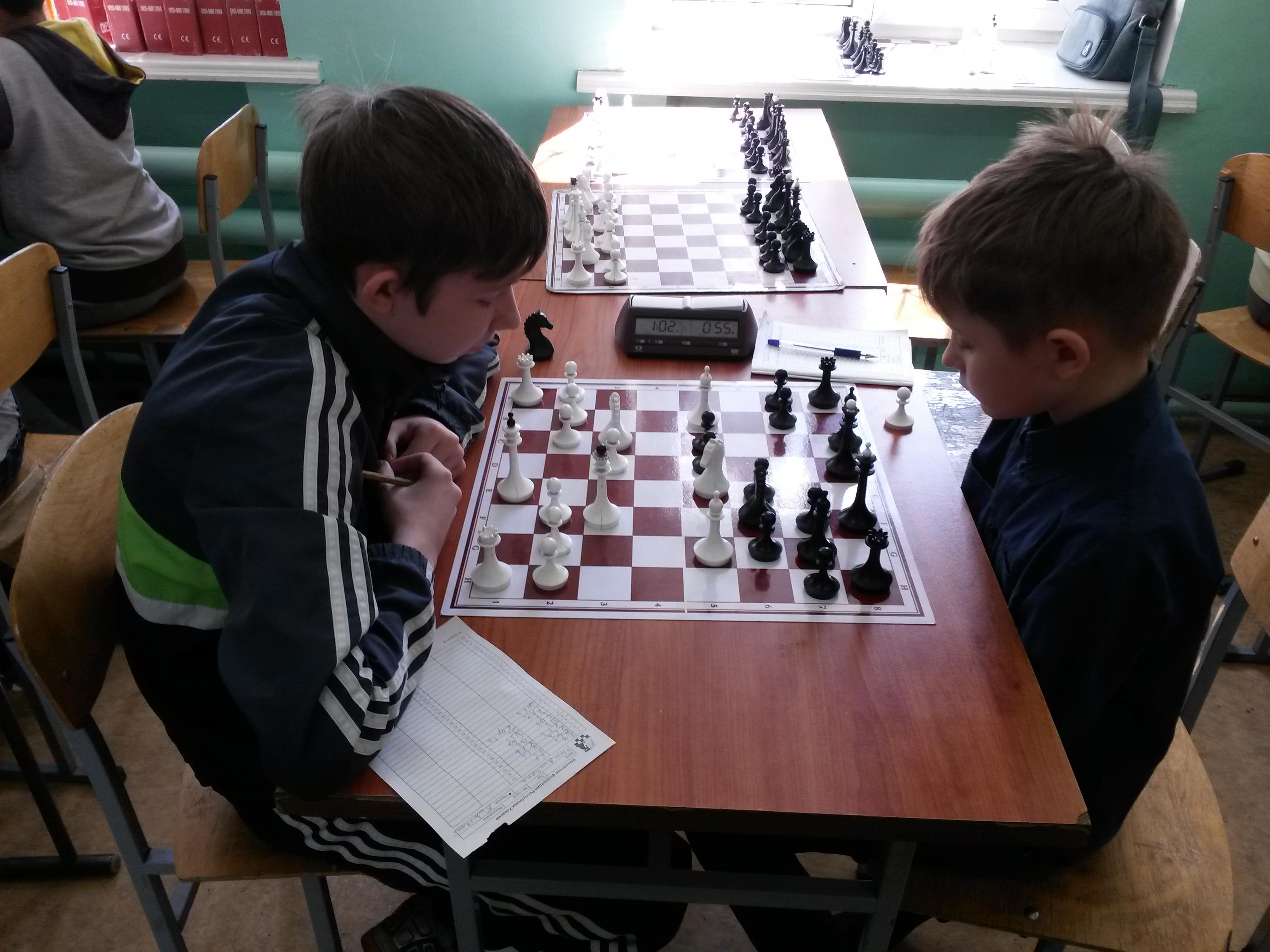 Кинякин(слева) против Кобылянского