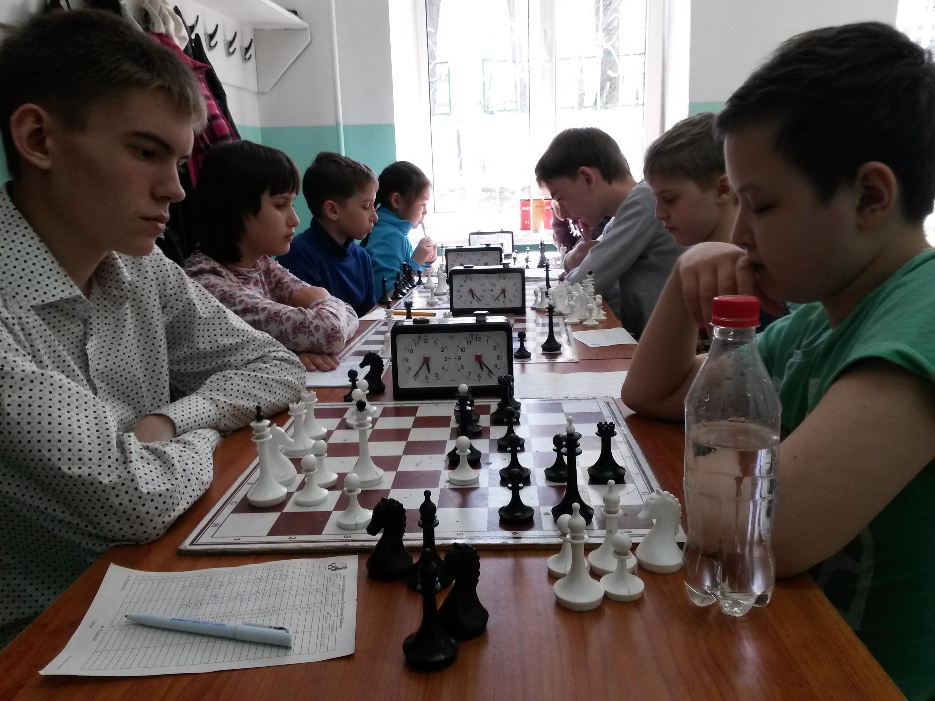 Владислав Пирожков - лидер турнира Б