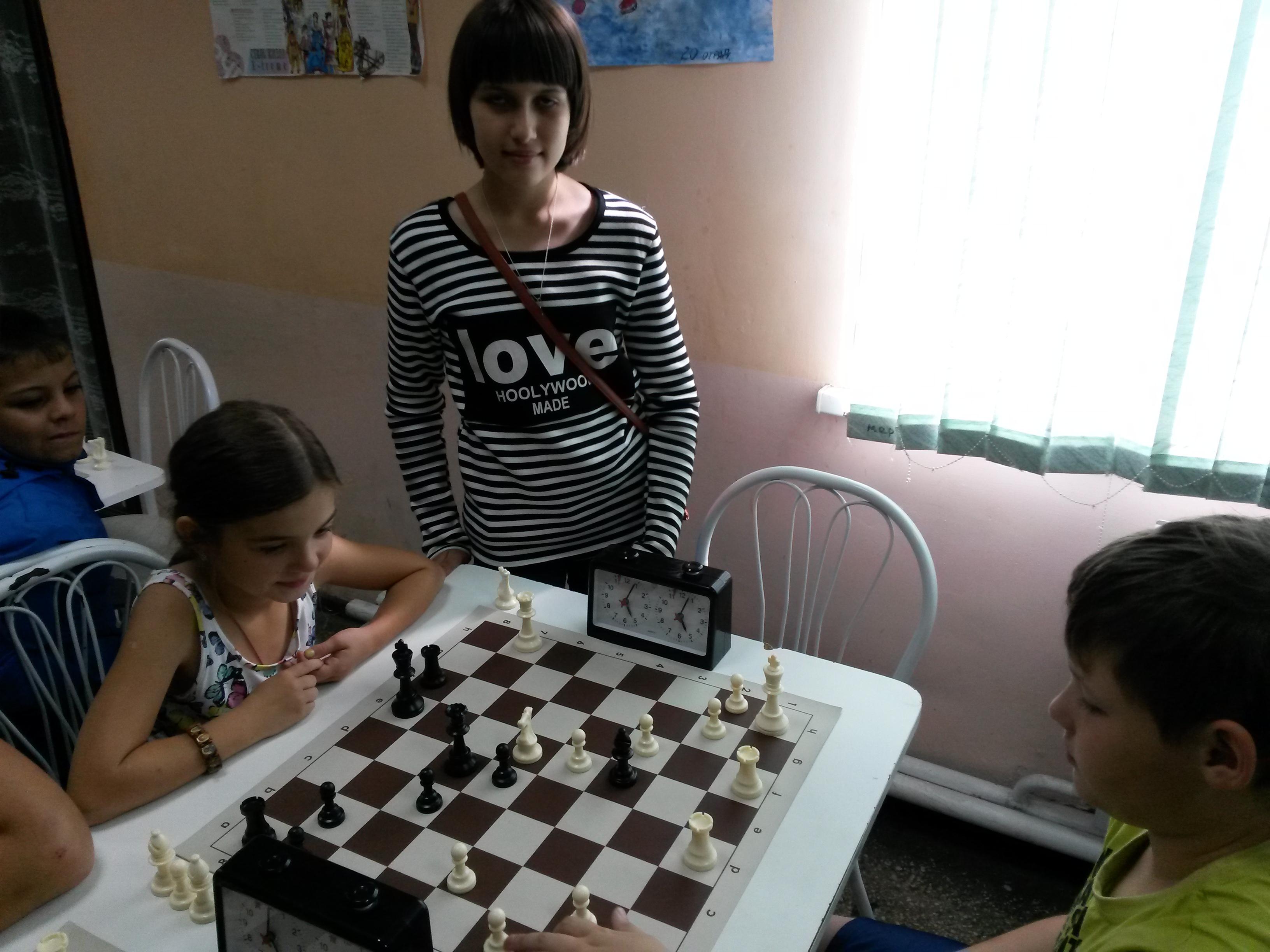 Девочки Варвара Есина(слева) и Ольга Бахман показали достойный результат!