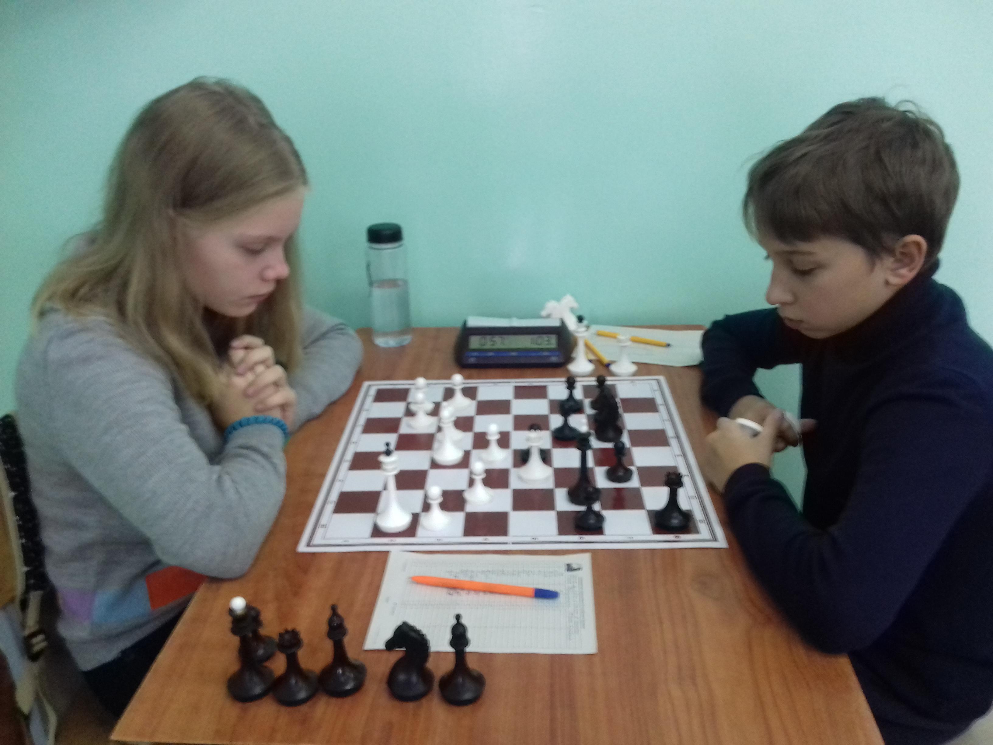 Бабушкина-Сейбель.Девочки начинают и выигрывают.